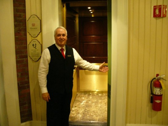Omni Mount Washington Resort: Richard, 1 of several Main Elevator Operators.