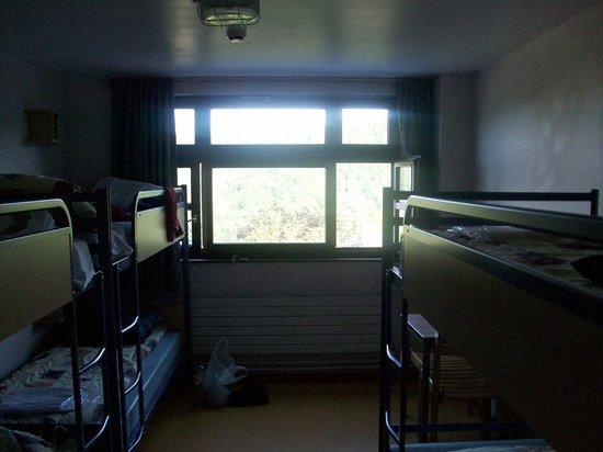 Auberge de Jeunesse de Bouillon : Dorm