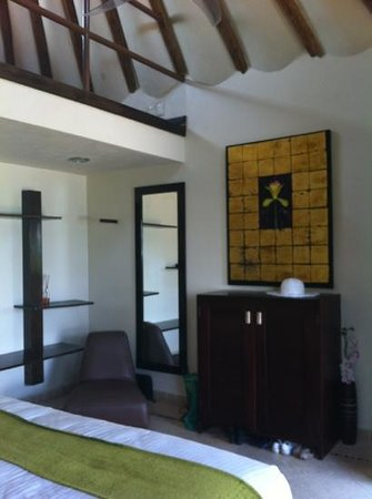 Mezzanine Colibri Boutique Hotel: The room