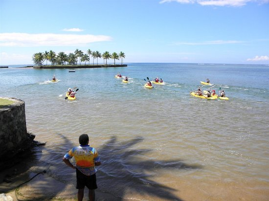 Naviti Resort: It's the kayaking final!!!