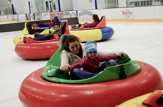 Steamboat Springs, CO: Bumper Cars on Ice = Fun!