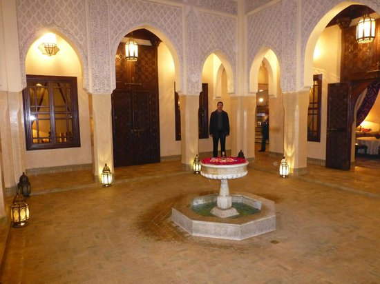 Riad Kniza: second courtyard