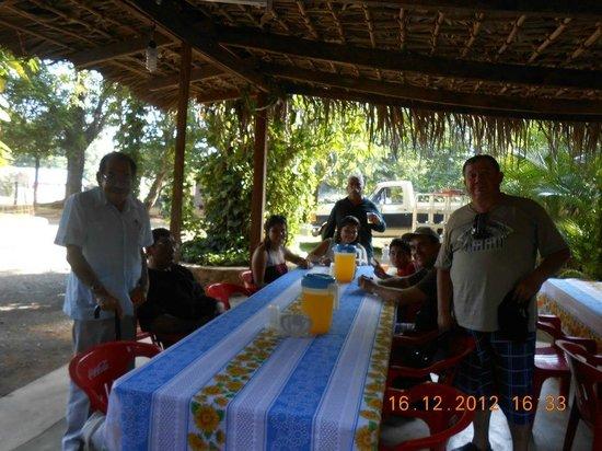 Embarcadero La Morena: restaurant en la morena