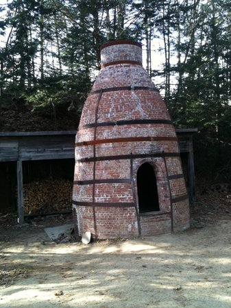 Old Sturbridge Village: the pottery kiln