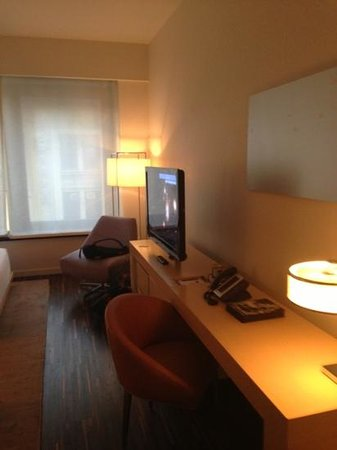 Andaz Wall Street: double room 2
