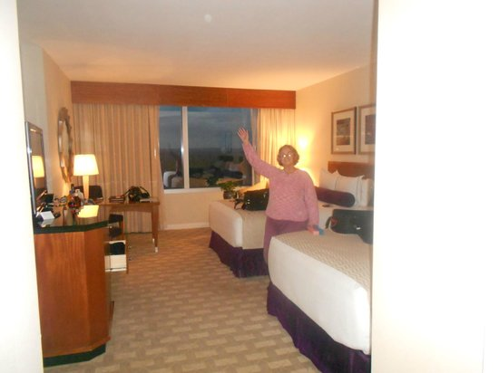 Mohegan Sun: Spacious Room