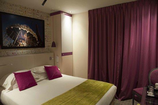 Hotel Atmospheres: Room