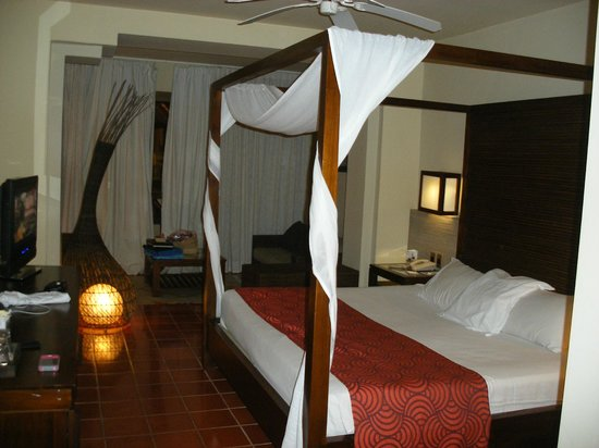 Catalonia Royal Bavaro: Spacious rooms