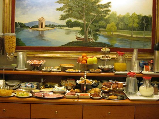 Hotel Golden: our wonderful breakfast each morning