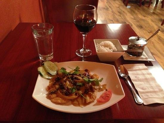 Basil Cafe: Basil Signature Tilapia w/Red Curry Sauce