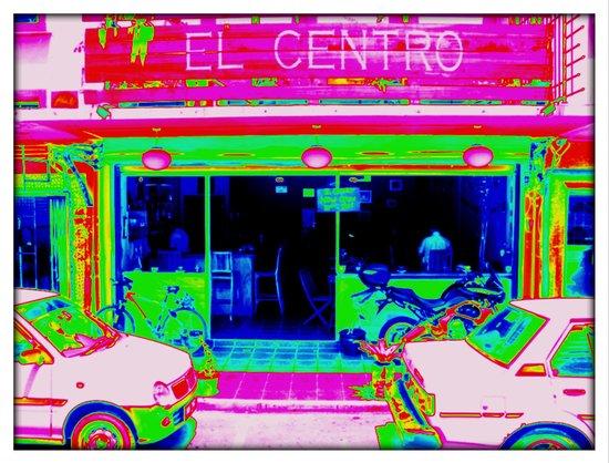 El Centro: front entrance