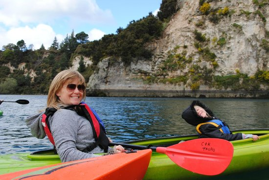 Canoe & Kayak Taupo Tours: Family fun