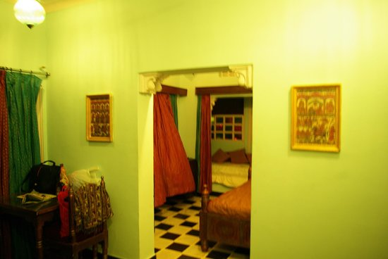 Anjani Hotel: My room in the evening
