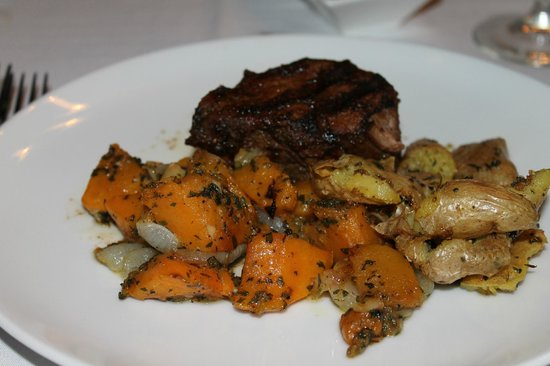 HK's Steakhouse : Filet Mignon with winter veggies