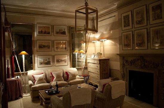 Blakes Hotel: Living Room 