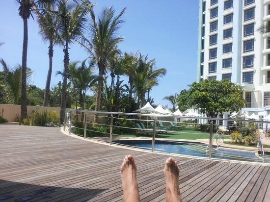 Suncoast Towers: poolside
