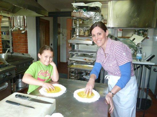 Torre Guelfa Chef Claudio: Making pasta!