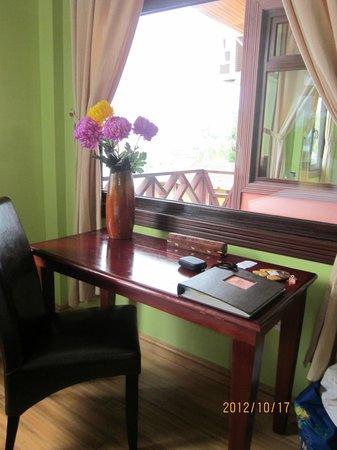 Hotel Palma Royale: Vista hacia el balcón