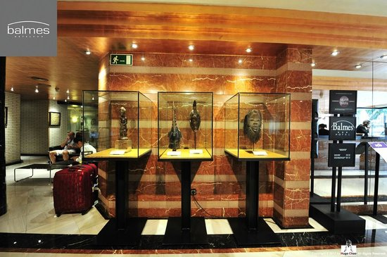 Hotel Balmes: 精心選擇的擺設,令人著迷。