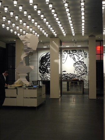 Andaz 5th Avenue: Lobby @ the Andaz