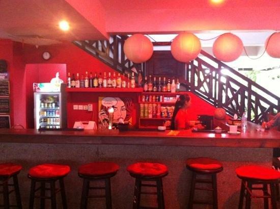 The Siem Reap Hostel: the coolest bar!
