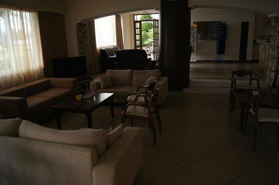 Hotel Almiros Beach: Внутри отеля