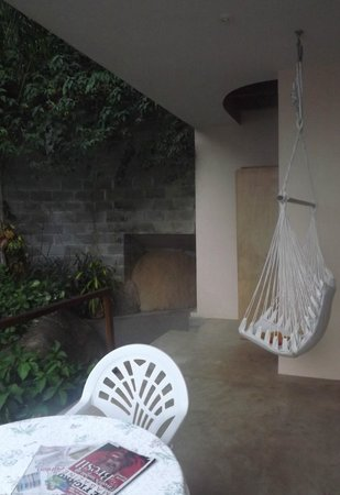 Pousada Vila Pedra Mar: Honeymoon suite with barren plunge pool