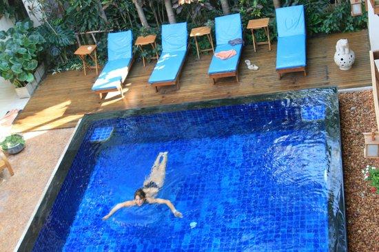 Vieng Mantra Hotel: Piscina refrescante