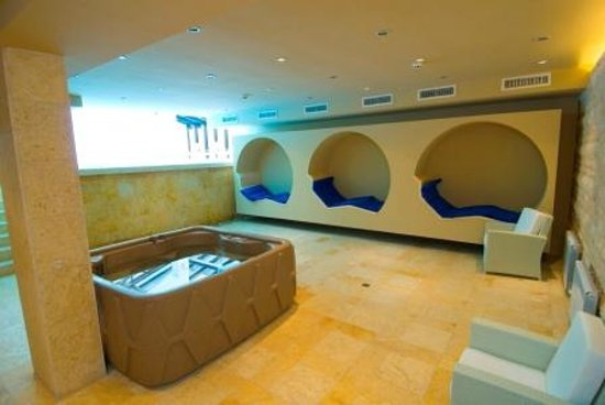 Radina's Way Hotel : Spa area