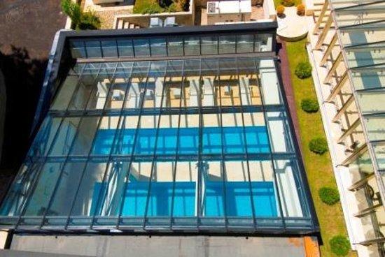 Radina's Way Hotel: Top view indoor pool