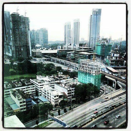 Ramada Plaza Dua Sentral Kuala Lumpur: View to KL Sentral and Brickfields.