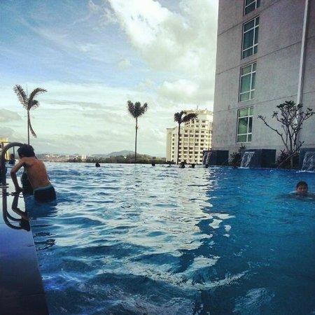 Hatten Hotel Melaka: Swimming pool