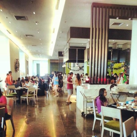 Hatten Hotel Melaka: Chatterz restaurant where we have the breakfast buffet