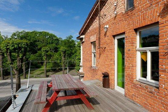 Liepaja Travellers Hostel: Terrace