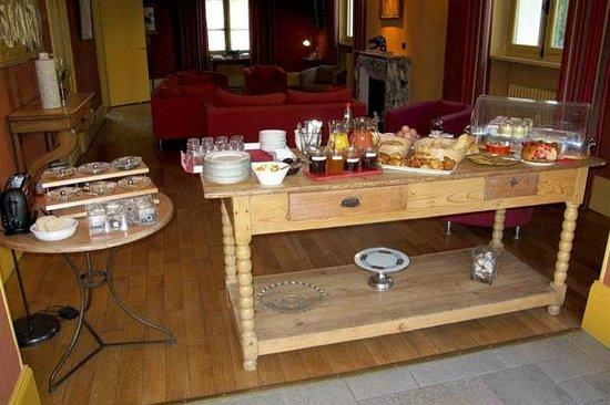 Hotel L'Oree du Parc: BUFFET