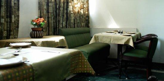 Hotel Asian International: Bamboo Hut, Multicuisine Restaurant