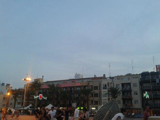 Hotel La Cabana: En el centro, centro!!