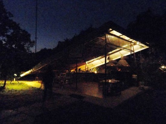 The Machan: Dining area at night