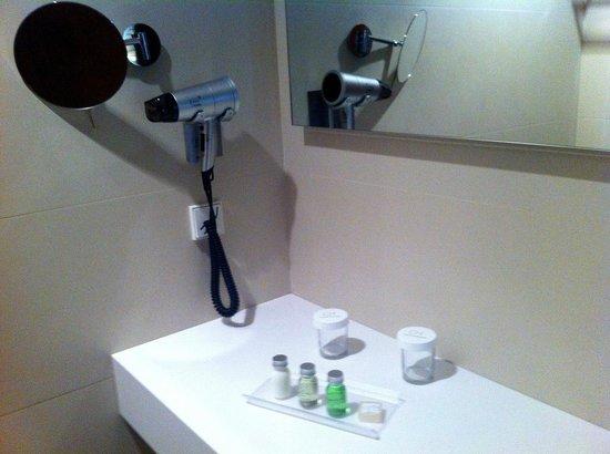 Carris Porto Ribeira: Bathroom