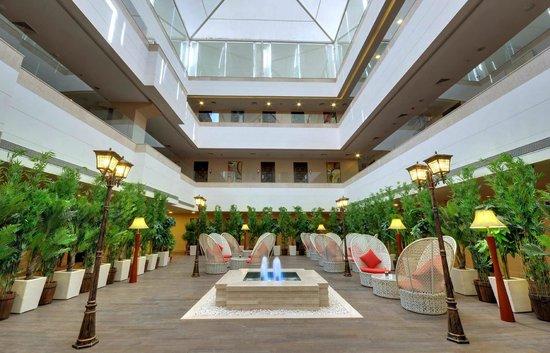 The Fern Residency, Rajkot: The_Fern_Residency_Rajkot_Atrium / Reception
