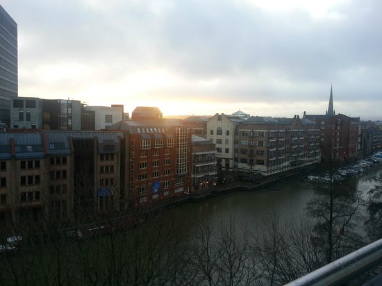 Mercure Bristol Brigstow Hotel: View from Riverview Suite
