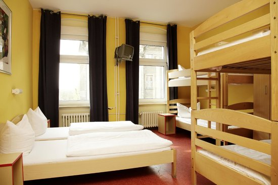 acama sch neberg hotel hostel ab chf 45 c h f 6 0 bewertungen fotos preisvergleich. Black Bedroom Furniture Sets. Home Design Ideas