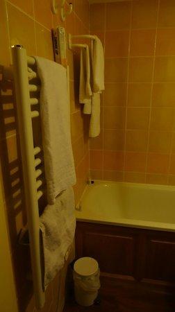 Pierre & Vacances Residence Le Pedrou: Le chauffe serviette bien agréable