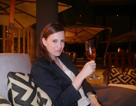 Saxon Hotel, Villas and Spa: Drinks on the patio