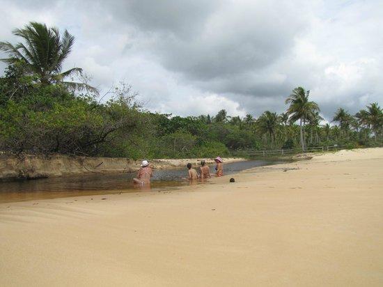 Satu Beach: um descanso no caminho/rio