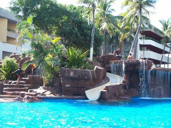 El Cid Castilla Beach Hotel: Pool at the El Moro