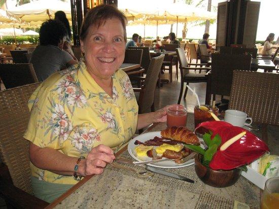 Halekulani - Wonderful Breakfast Buffet
