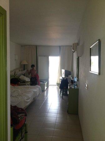 Hotel El Puntazo: room