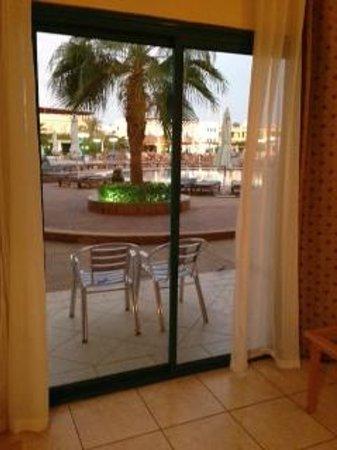 Sharm Cliff Resort : Pool Room View