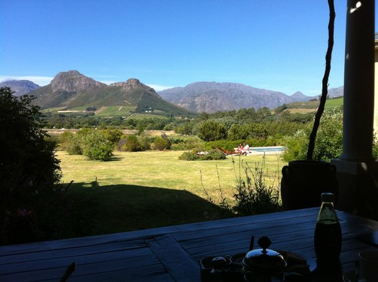 Cape Vue Guest House: Breakfast view